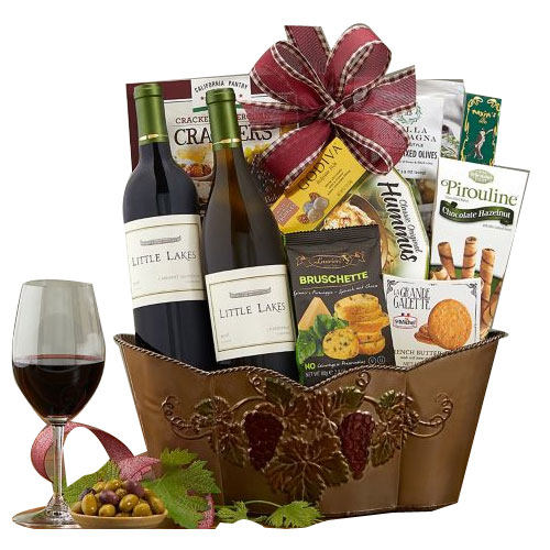 Spread the Cheers Duel Wine Gift Basket
