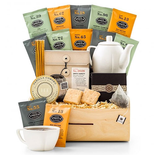Captivating Tea Tasting Holiday Crate