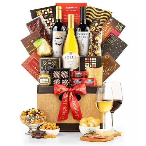 Bountiful Holiday Gift Basket of Wine N Gourmet Assortments