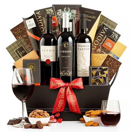 Scintillating Cocktail Party Wine N Gourmet Basket<br>