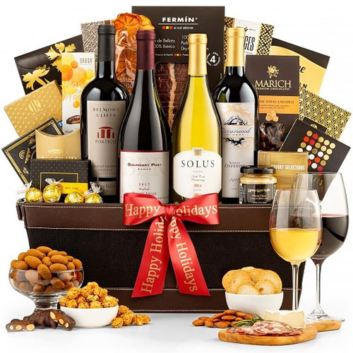 Royal Holiday Treatment Wine Gift Basket<br>