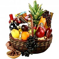 Beautiful Celebration with Wine,Fruit N Gourmet<br>