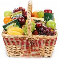 Brilliant Season's Greetings Fruit N Gourmet Basket<br>