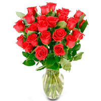 Two Dozen Boxed Red Roses with Vase