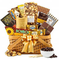 Lovable As Good As Gold Gift Combo