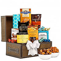 Incredibly Smart Gourmet Hamper with Touch of Indulgence