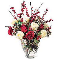 Blooming Holiday Romance Bouquet