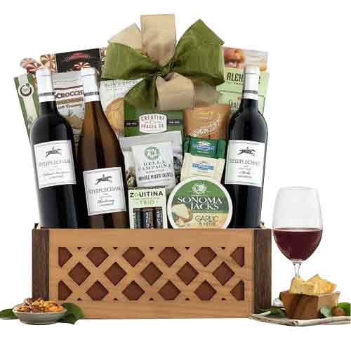 Traditional Christmas Special Wine Gift Hamper