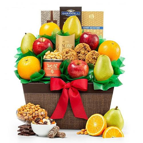 Holiday Collection Gourmet N Fruit Gift Hamper