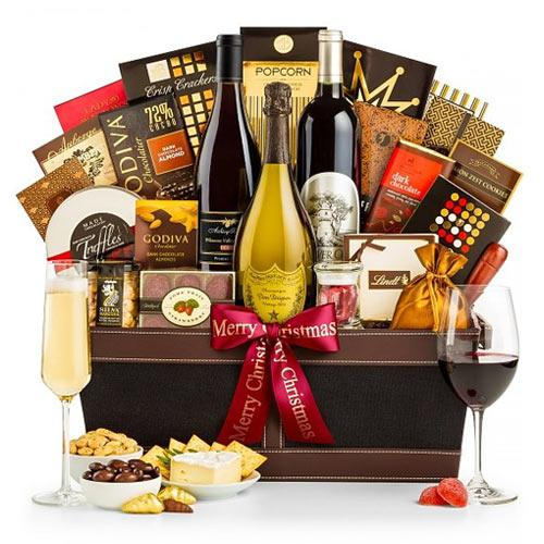 Full Enjoyment Wine N Dine Gift Hamper with Champagne