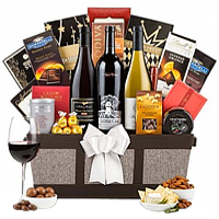Remarkable X-mas Gift Basket with Napa Valley Wine