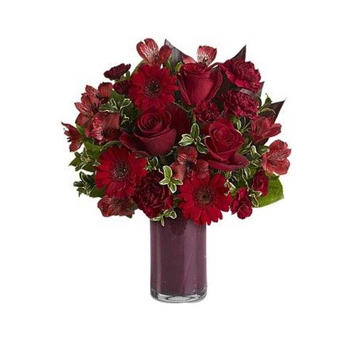 Special Valentine Gift of Red Floral Bouquet