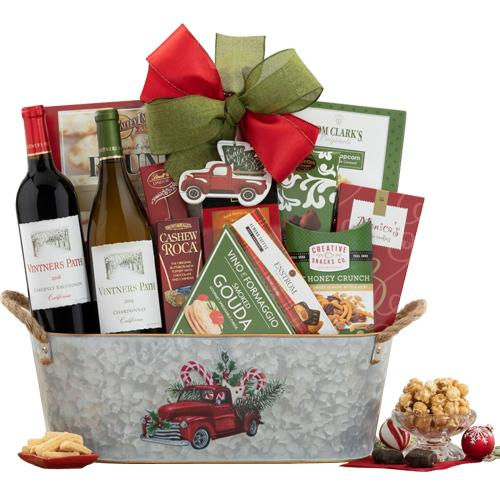 Festive Delight Gift Hamper of Fruits N Cheese