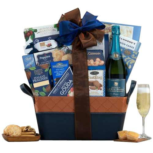 Festive Treat Gift Set of Wine
