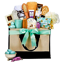 Glamorous Spa Gift Hamper For Women