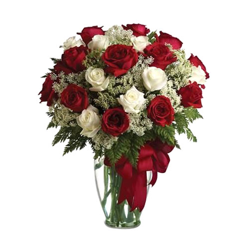 Striking Assorted Roses put in a Glass Vase<br>