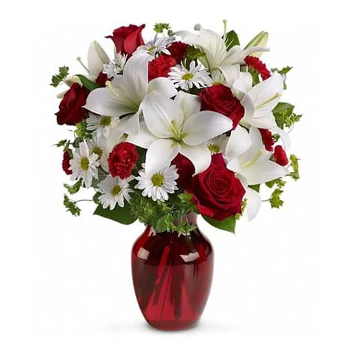 Beautiful All in My Heart Christmas Floral Bouquet