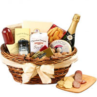 Holiday Fun Gourmet Champagne Basket