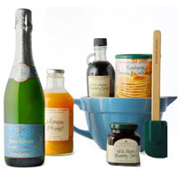 Breakfast and Bubbles Gift Set