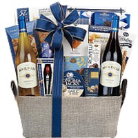 Rock Falls Vineyards Connoisseur Gift Basket