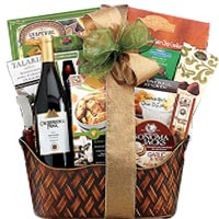 Crossridge Peak Pinot Noir Gift Basket