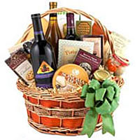 Connoisseur Food and Wine Basket
